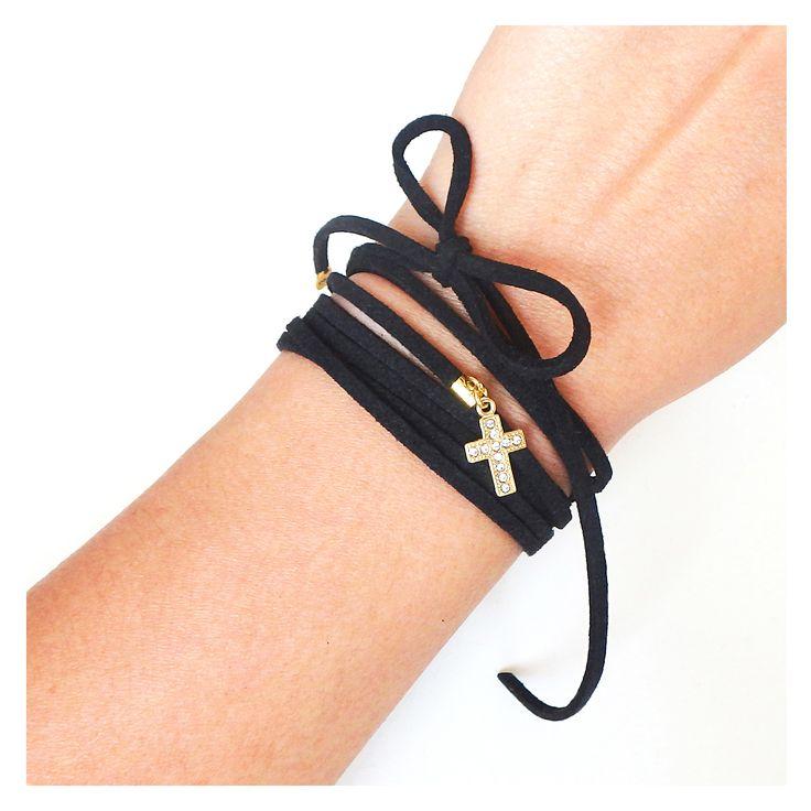 Choker wrap z rzemienia z krzyżem #choker #choker #chokers #jewellery #jewelry #bracelet #cross #black #bizuteria #czarny #bransoletka