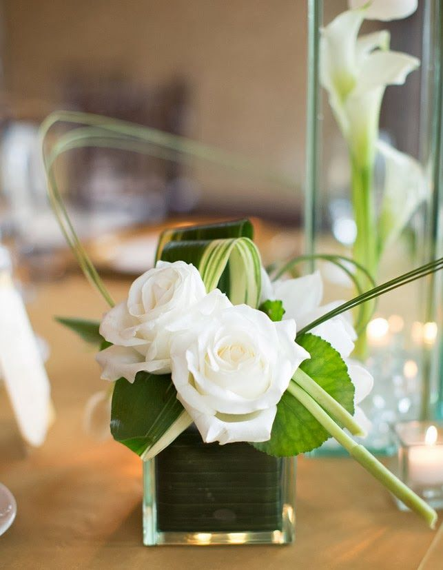 Bat Mitzvah Centerpieces- White Roses with Banana Leaf #batmitzvah #southernevents