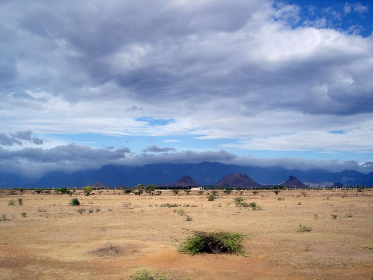 The Agasthiyamalai range of the western ghats as seen from the rainshadow region of Tirunelveli, INDIA. The southwest monsoon brings rain up to the ghats in Kerala while the other side in Tamil Nadu remains dry.