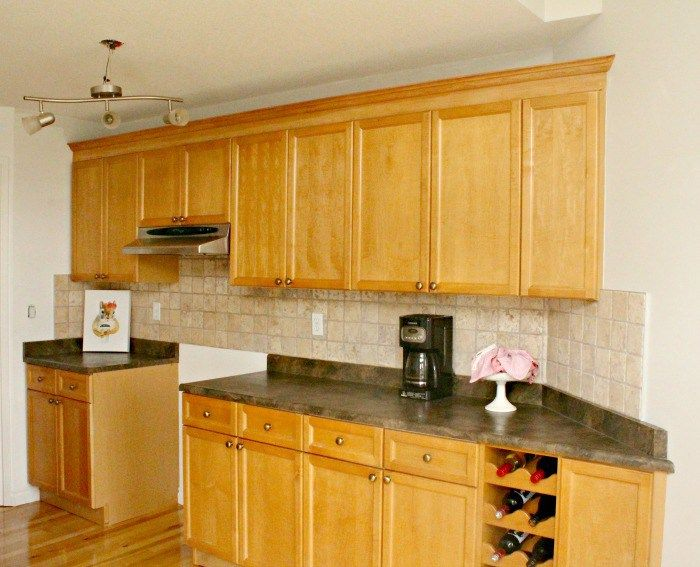 Best 25 cabinet molding ideas on pinterest kitchen for Attaching crown moulding kitchen cabinets