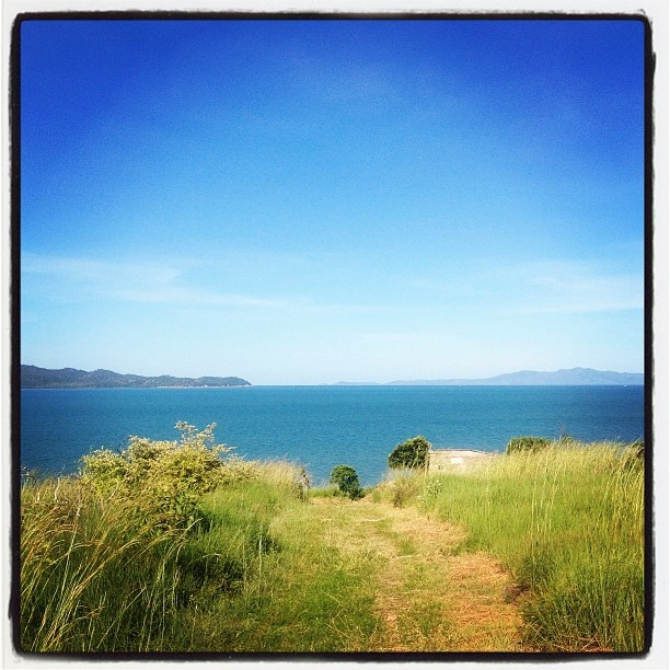 Cape Pallerenda, Townsville #townsvilleshines #paradise #nationalpark #instagram photo by breezalicious