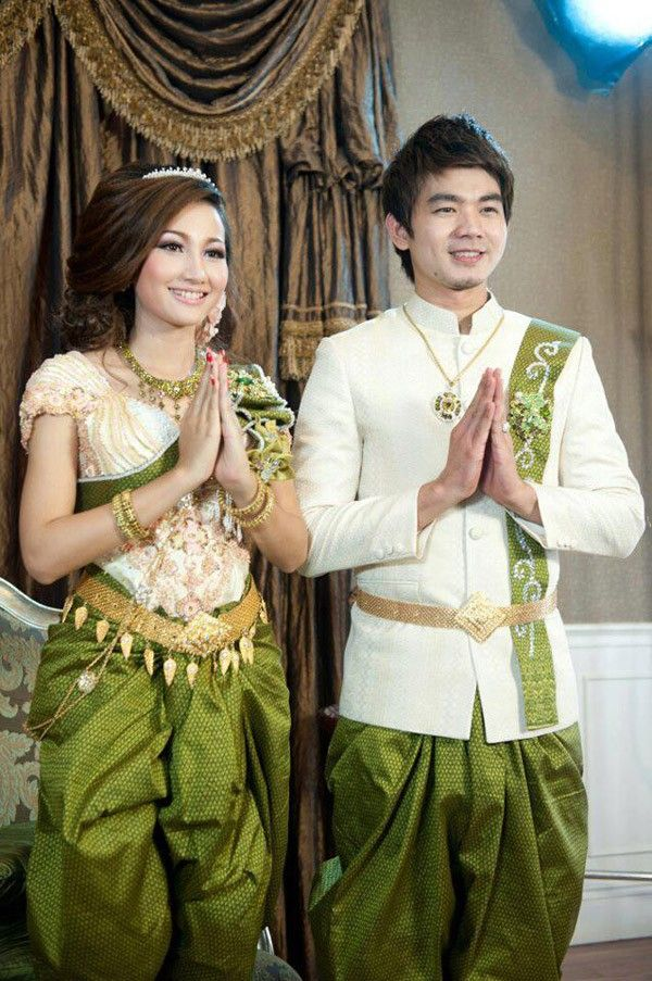 Khmer Star Eang Vichai And Hin Channiroth In Khmer