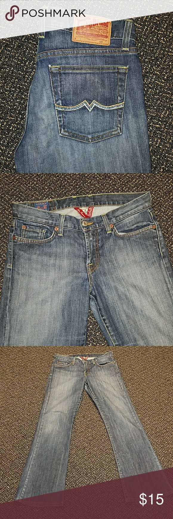 Lucky jeans Lucky Jeans with stitched design on pockets  Measurements unstretched  Waist 14 1/2 inches across  Hips 18 1/2 inches across  Rise 8 1/2 inches  Inseam 30 inches Lucky Brand Jeans Flare & Wide Leg