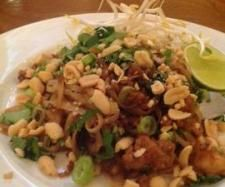 Stir fry Rice Noodles with Chicken and Prawns | Official Thermomix Recipe Community