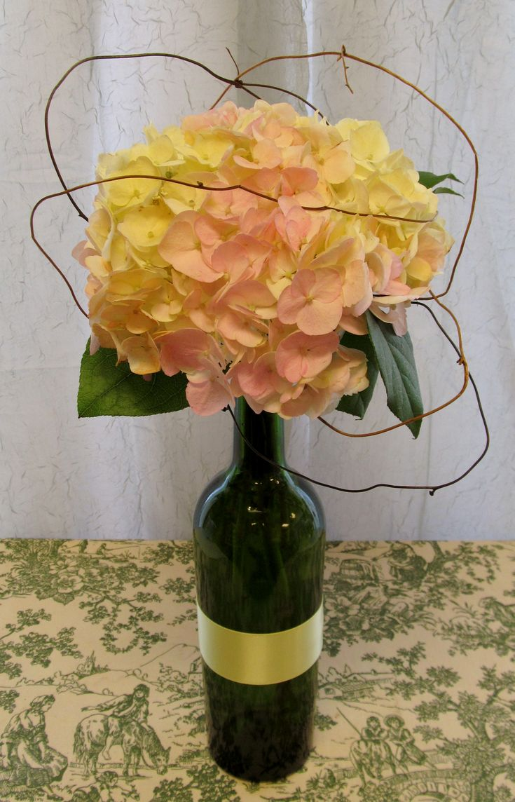 Pinterest the world s catalog of ideas for Clear wine bottle centerpieces