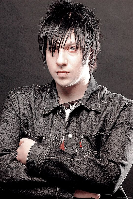 young and sesy as hell, Zacky Vengeance