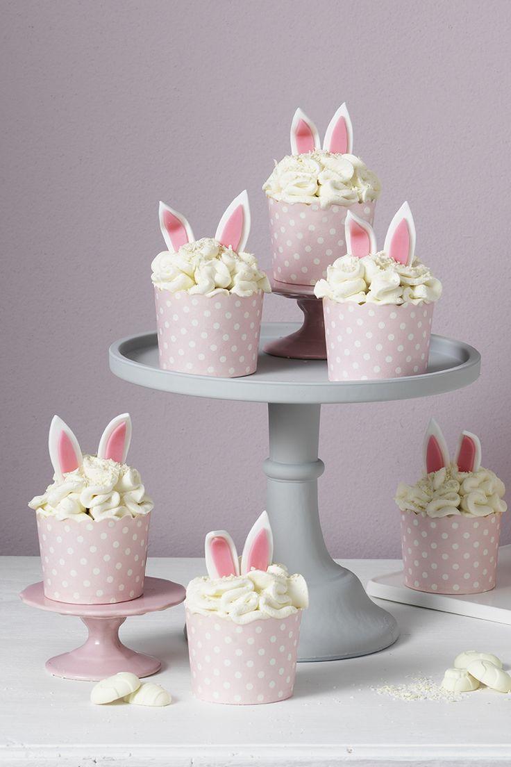 Rabbit cupcakes www.panduro.com #DIY #easter #påsk #tårta #sugar paste #sockerpasta