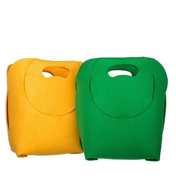 http://designersko.pl/boogiedesign-kosz-filcowy-teddy-pet - Składana torba / kosz / gazetownik z filcu recyclingowego (z przetworzonych butelek PET).  #design #dizajn #bag #bags #lifestyle