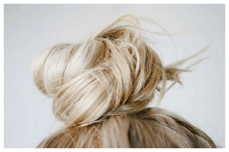 Top knot. Read now  http://www.kaif.es/blog/top-knot/