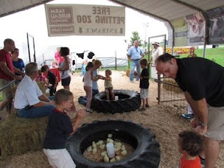 petting zoo.. love the tire with chicks idea