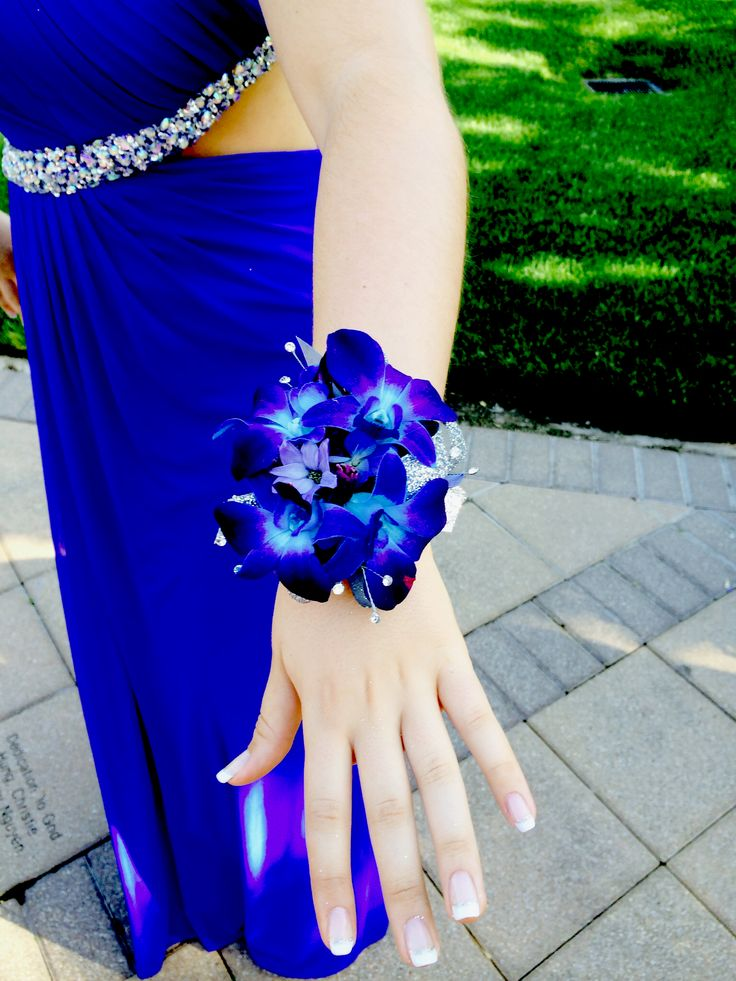 Blue orchid corsage for prom perfect for a royal blue dress #prom #corsage #blueorchid