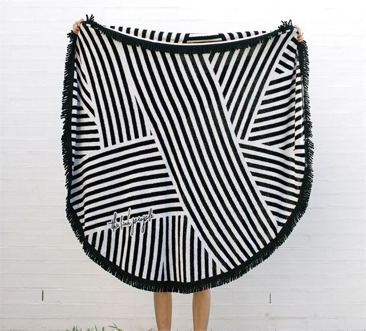 - 'the paloma'  roundie towel by the beach people