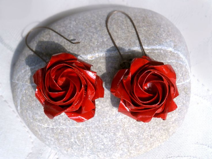 Origami red roses earrings, ruby red roses earrings, paper roses hoop earrings, stylish gift for her, birthday lady gift, beach earrings by TheWorldinpaper on Etsy