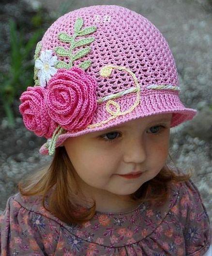Crochet girl in hat with Patterns. | Crochet Free