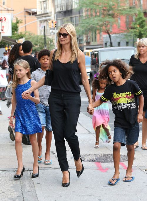 Heidi Klum & Kids Step Out For Lunch. #heidiklum #celebritymom