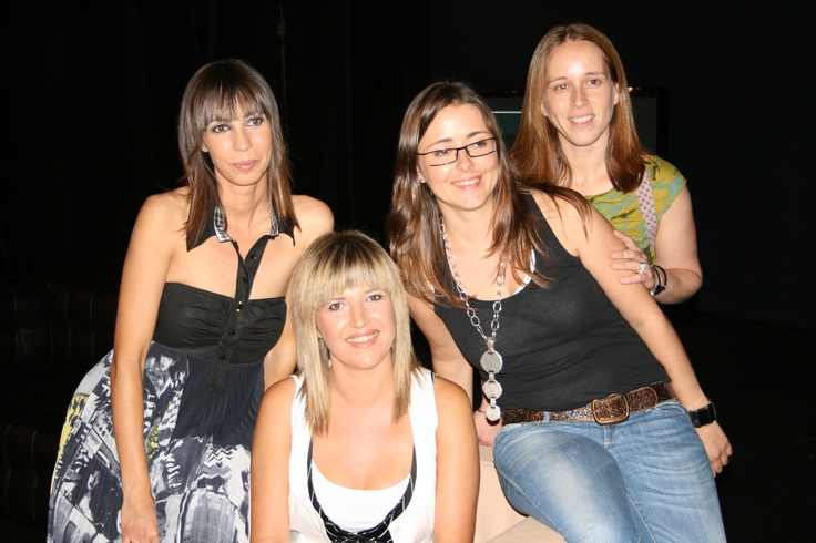 The girly team of De Nit (2007-2011). Pic from the 300 special show at Teatre Principal in Palma.