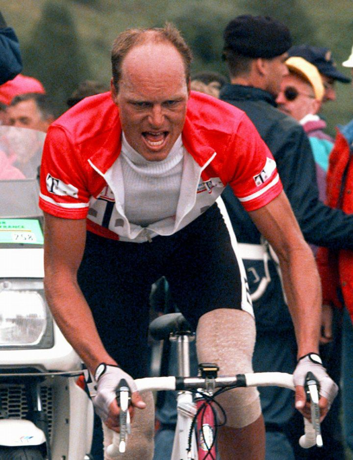 Bjarne Riis is not looking at what's around him.