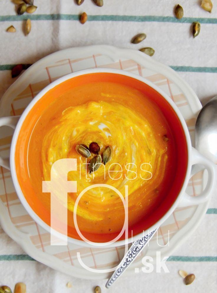 Dýňová polévka (s jablkem)