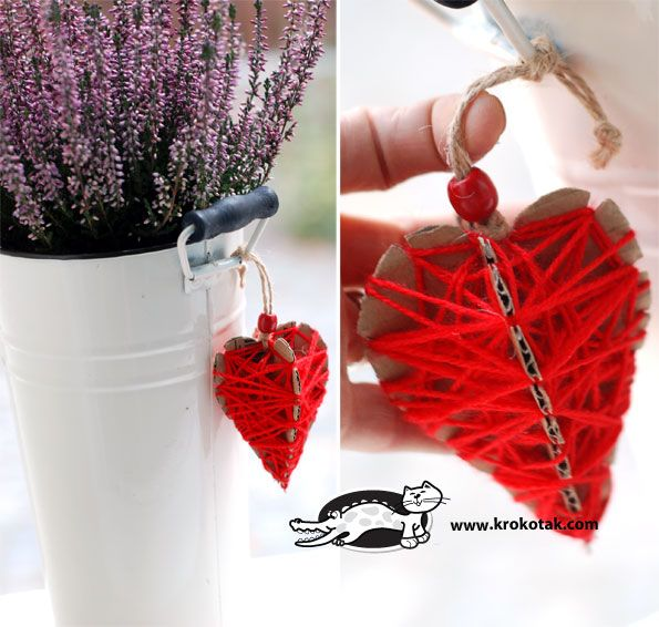 Hearts from cardboard and thread - three variants