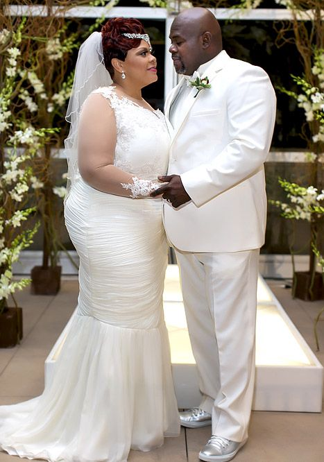 Tamela Mann and husband David Mann get married again.
