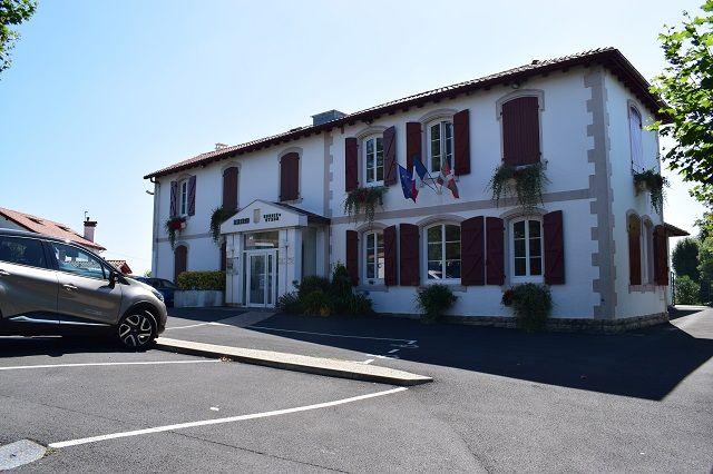 La mairie de Bassussarry