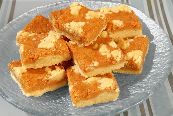 Chewy Caramel Bars..I just had these at Disney's Epcot. My stars,,so ...