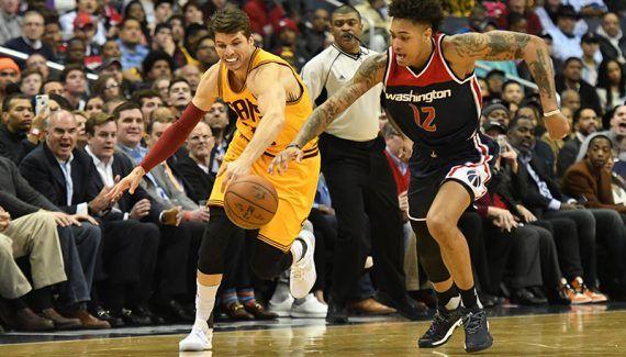 Quand Kyle Korver reconnait l'ultime système des Wizards et l'anticipe -  Le match entre Cleveland et Washington fut superbe, avec une intensité digne des playoffs. Les deux équipes se sont rendu coup pour coup toute la soirée, avec de jolies phases… Lire la suite»  http://www.basketusa.com/wp-content/uploads/2017/02/kyle-korver-570x325.jpg - Par http://www.78682homes.com/quand-kyle-korver-reconnait-lultime-systeme-des-wizards-et-la