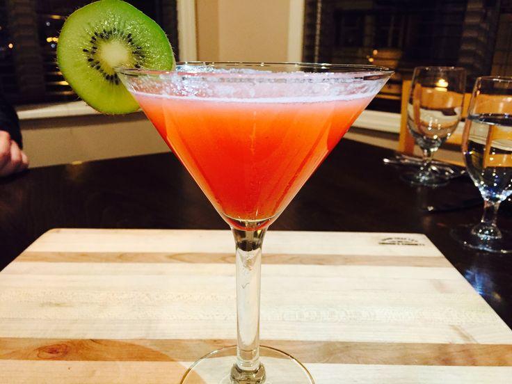 Strawberry-Kiwi Martini www.thefifth-season.com