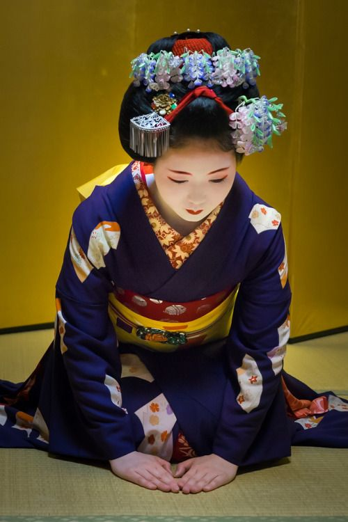 "geisha-kai: "" May 2015: English-speaking maiko Tomitsuyu by Edrick MAZEAU on Flickr """
