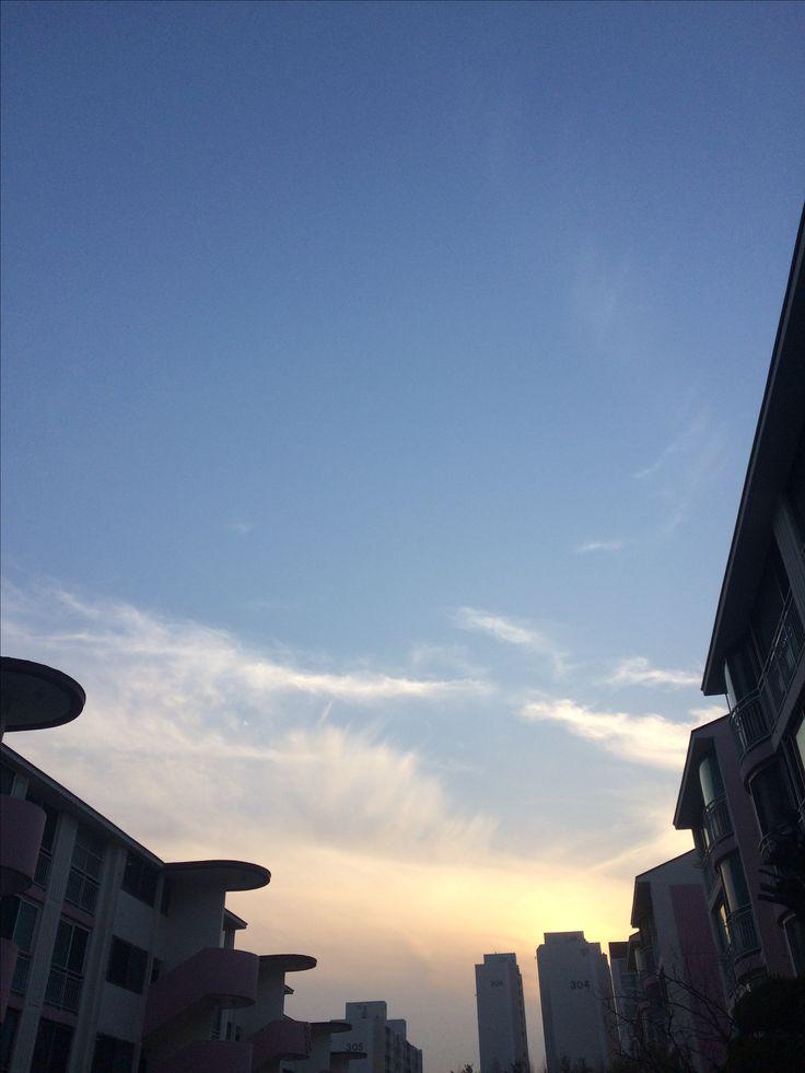 2017년 4월 4일의 하늘 #sky #cloud