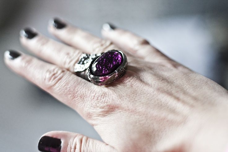 www.therez.se - New ring from YSL! I love it!