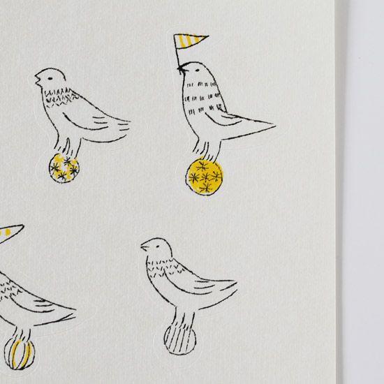 トリノコ ガリ版刷シール(とりの玉乗り/黄)- 鳥モチーフ雑貨・鳥グッズのセレクトショップ:鳥水木  #bird #sticker #stationery #torimizuki