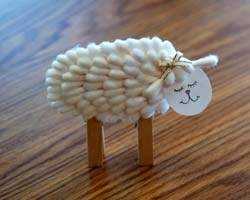 Cotton Swab sheep - has clothespin feet so you can use as a place setting or to hold up pictures
