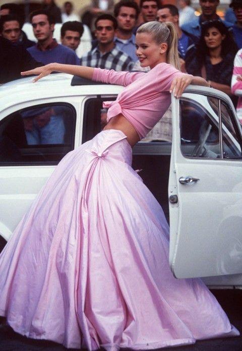 Nineties supermodel Claudia Schiffer turns 45 #ClaudiaSchiffer