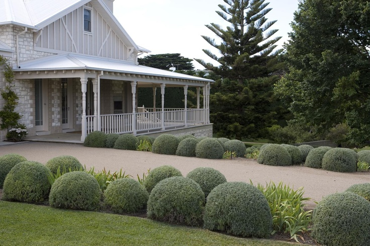 Mornington Peninsula, Victoria - Paul Bangay is one of Australia's most high profile landscape designers.
