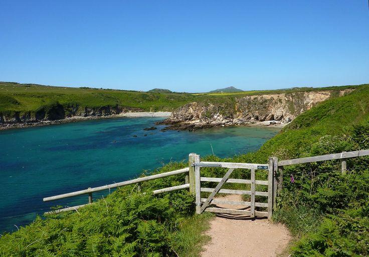 5 secret Pembrokeshire beaches -