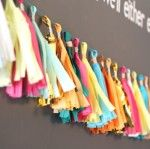 Blue i Style: {entertaining with style} How to Make a Tissue Paper Tassel Garland