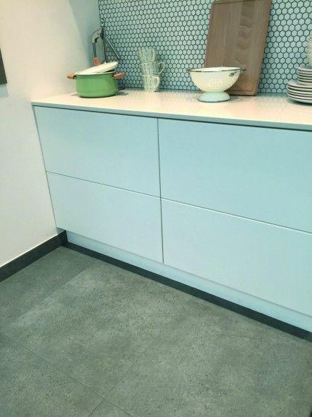 impermo, goedkope grijze keramische tegel voor keukenvloer met zeshoekige mozaïek in moderne keuken