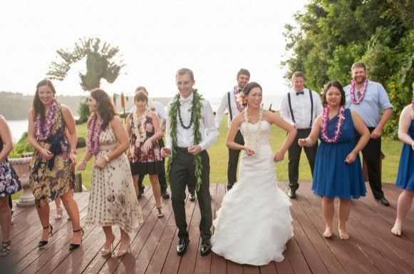 Learning the hokilau in Maui at a wedding... why not?