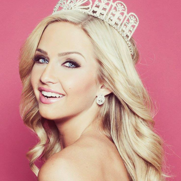 Miss Teen USA threatened with webcam 'sextortion'