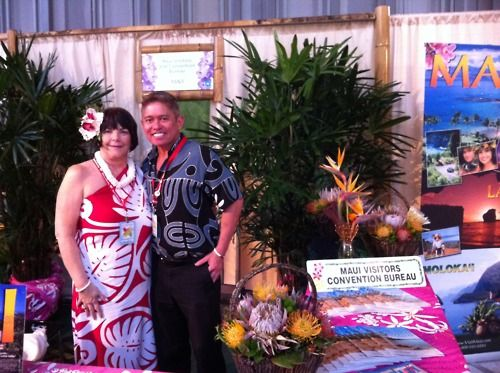 terryl vencl and chris kaiaokamalie of the maui visitors bureau at hawaii islands of aloha. Black Bedroom Furniture Sets. Home Design Ideas