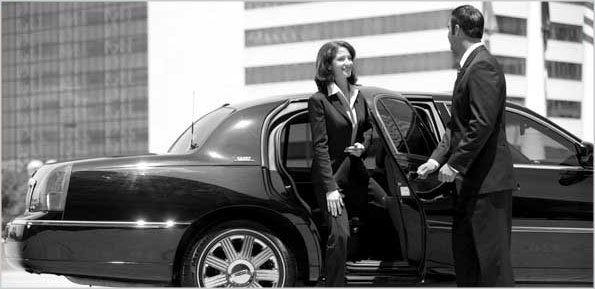 CEO Limousine Services provide you quality and safety ride in style & comfort with a JFK car service NYC and we are the leading best Car Services in NYC.