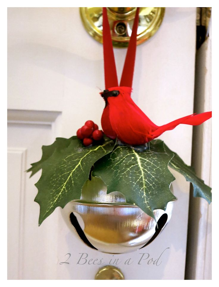 An easy to make Jingle Bell Door hanger - makes an excellent hostess gift for Christmas!