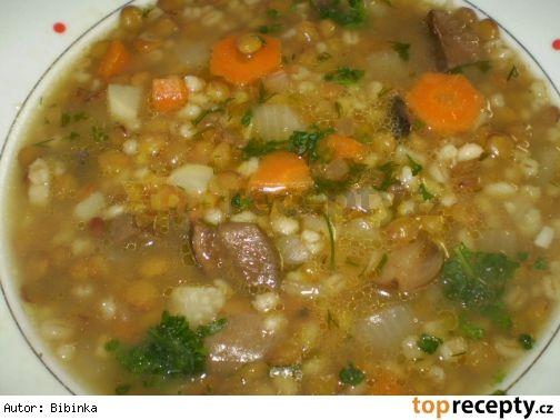 Čočkovo-kroupová polévka s houbami