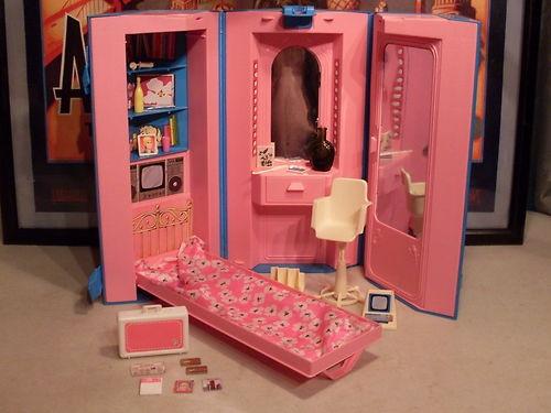 Earth Alone Earthrise Book 1 Barbie Houses Barbie House Barbie