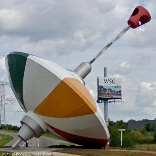 The world Largest Spinning Top, The Netherlands.  By Peter Hohmann.