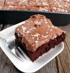 Mørk sjokoladekake i langpanne