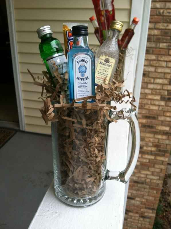 Booze Bouquet | 15 Easy Gifts You Can Put In A Mug