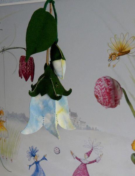Best Glockenblume Lampe Jahreszeitentisch von ELFENLICHTER auf DaWanda