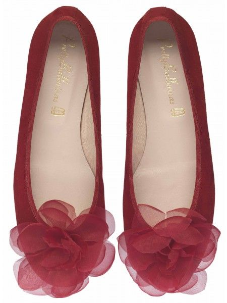 Celebrity favourite brand of ballerinas, ballet flats, ballet pumps,  loafers, moccasins and other quality flat footwear made by hand since